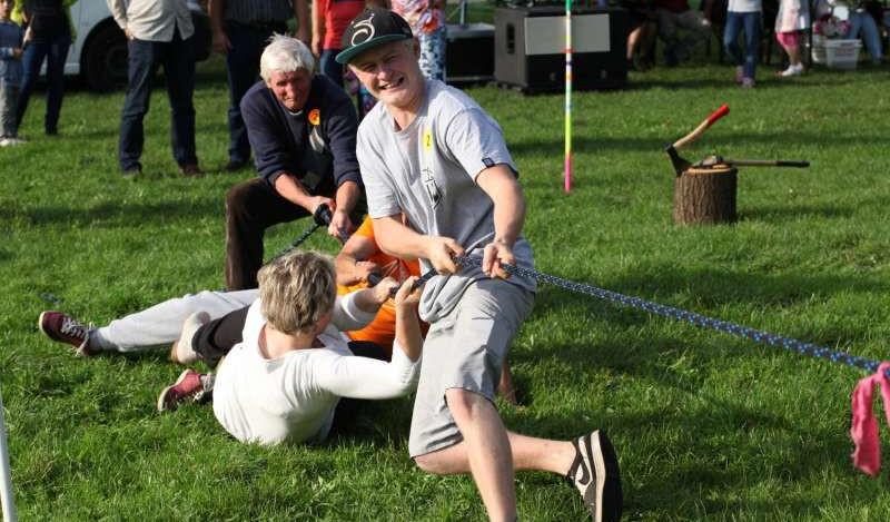 Wspólna zabawa integruje społeczność lokalną