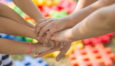 Pracują dla rozwoju kontaktów międzyludzkich oraz inicjatyw społecznych