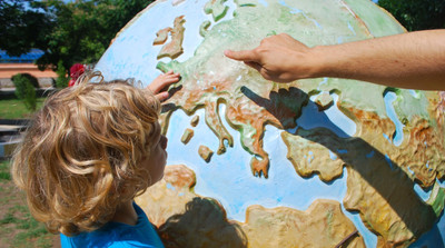 Organizują zajęcia edukacyjne rozwijające talenty dzieci i młodzieży