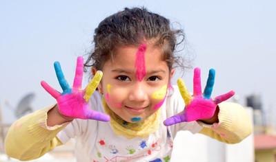 Wspierają kreatywność dzieci i pomagają poprawiać relacje w rodzinie