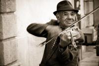 Odzyskując ludowych artystów - Fundacja Muzyka Odnaleziona